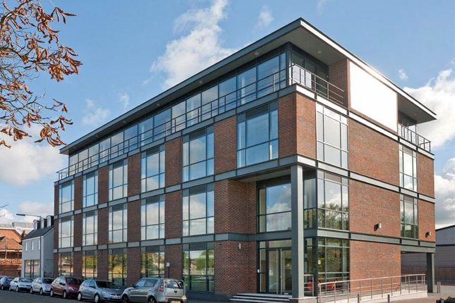 Thumbnail Office to let in First Floor, 80 Moorbridge Road, Maidenhead