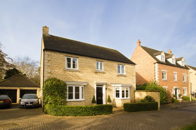 Thumbnail Detached house for sale in Barrington Close, Witney
