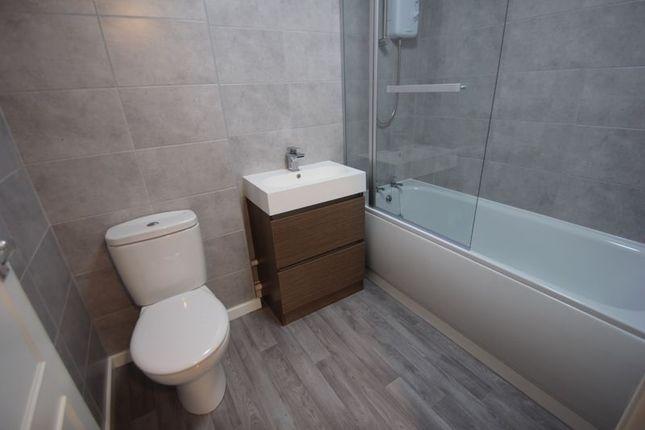 Bathroom of Ridgeway Close, Studley B80
