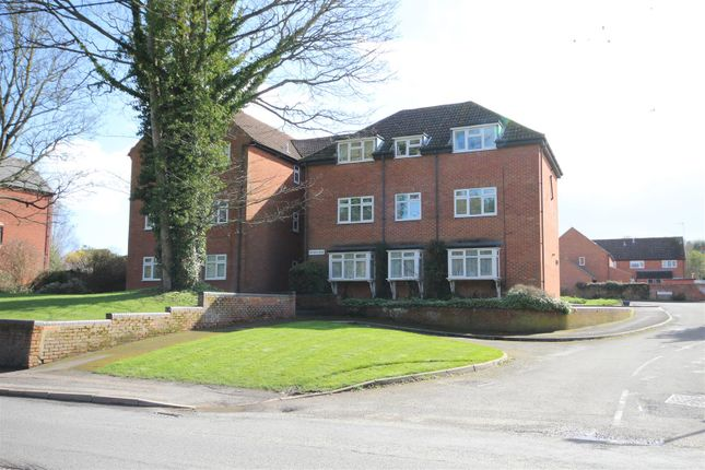 Flat to rent in Ormond Road, Wantage