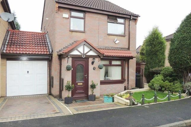 Thumbnail Link-detached house for sale in Linden Way, Droylsden, Manchester