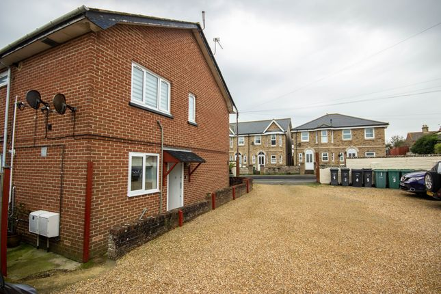 Thumbnail Flat to rent in Fitzroy Street, Sandown, Isle Of Wight