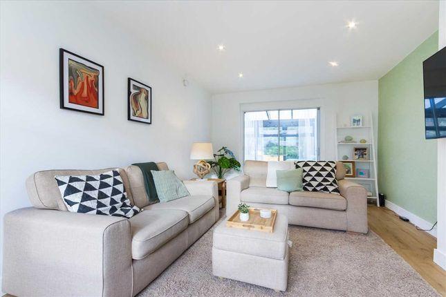 Lounge (3) of Paterson Terrace, Murray, East Kilbride G75