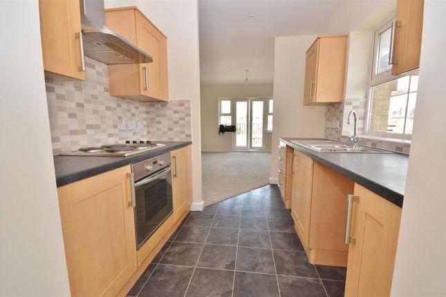 Kitchen of Holly Street, Luton LU1