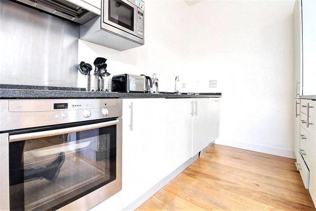 Picture No. 23 of Dereham Place, London EC2A