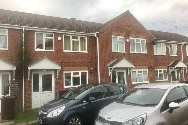 2 bed terraced house to rent in Glaisdale Court, Laughton Common, Dinnington S25