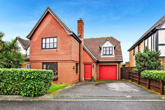 Thumbnail Detached house for sale in Meadow Close, Bexleyheath, Kent