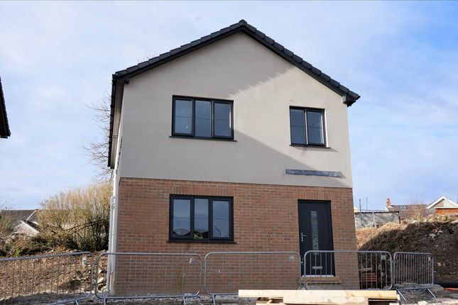 Detached house for sale in Llannon Road, Upper Tumble, Llanelli