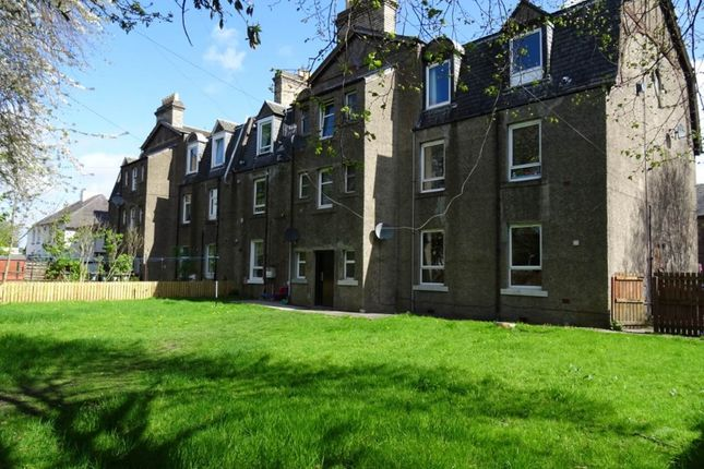 Thumbnail Flat to rent in Leiths Buildings, 28 Dunkeld Road, Perth