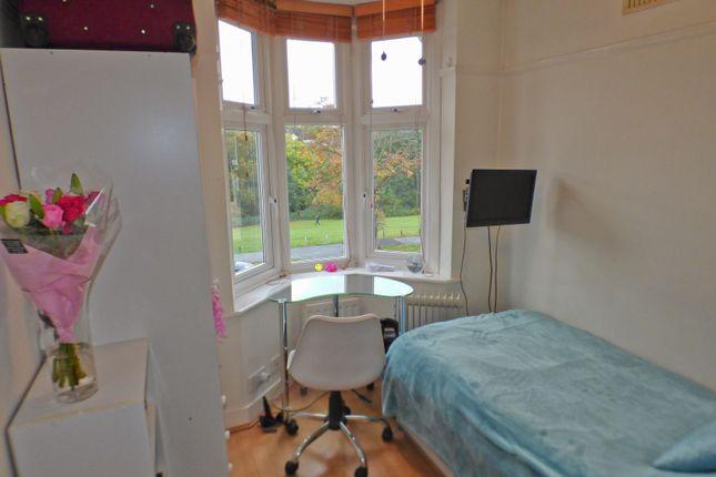 Front Bedroom of Brookside, East Barnet EN4