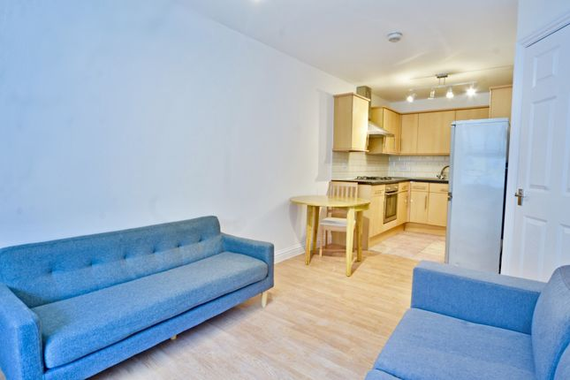 Thumbnail Flat to rent in Font Hill Road, London