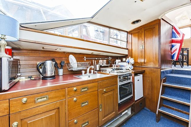 Kitchen of South Dock Marina Rope Street, Rotherhithe SE16
