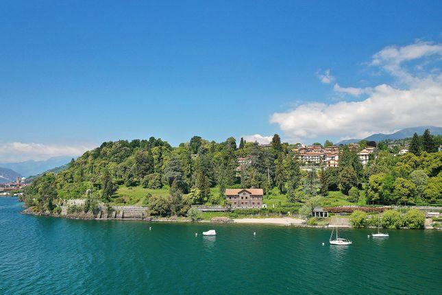 Thumbnail Villa for sale in Verbania, Verbano-Cusio-Ossola, Piemonte