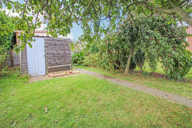 Garden of Mere Dyke Road, Luddington, Scunthorpe DN17