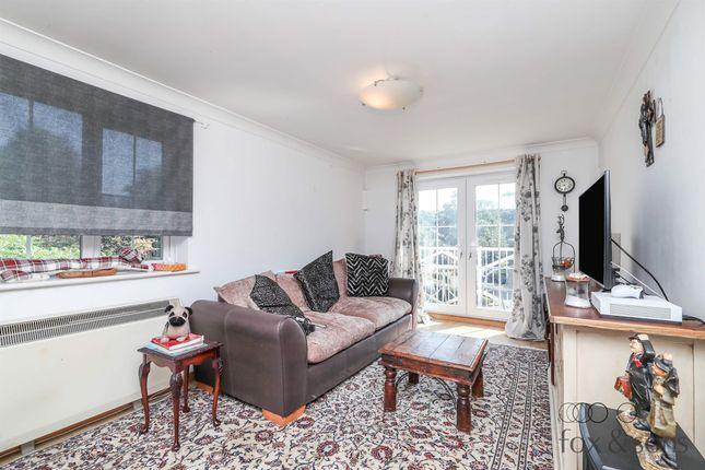3 bed flat for sale in Tower Gate, Preston, Brighton BN1
