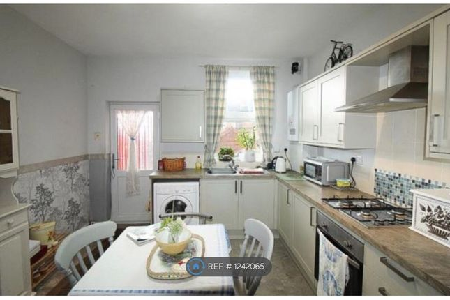 2 bed terraced house to rent in New Street, Rotherham S62