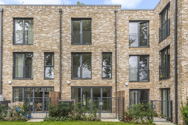 Thumbnail Property for sale in Cambium, Southfields