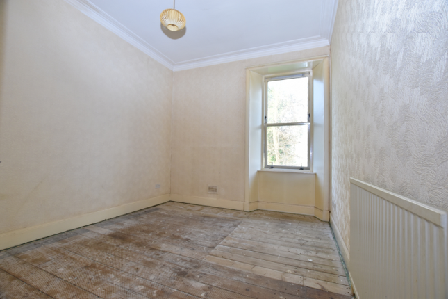 Bed 1 of Flat 1/2, 52 Kelly Street, Greenock PA16