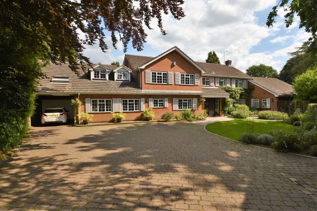 Thumbnail Detached house for sale in Forty Green Road, Knotty Green, Beaconsfield