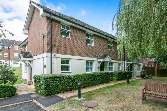 Thumbnail Flat for sale in 110 Guildford Road, Lightwater, Surrey