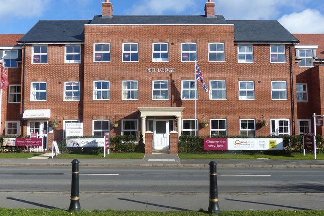 Thumbnail Property for sale in Dean Street, Marlow