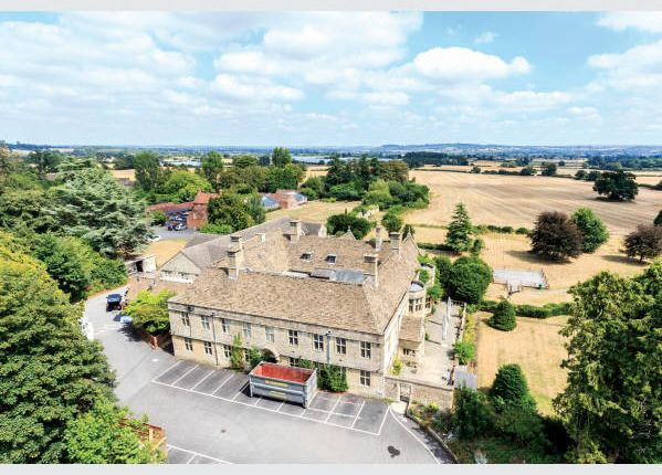 Thumbnail Country house for sale in Greathouse, Swindon Road, Nr Chippenham, Wiltshire