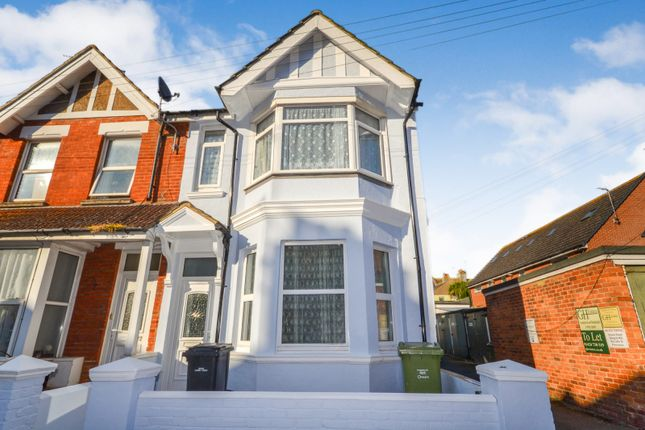 Thumbnail Property to rent in Reginald Road, Bexhill On Sea