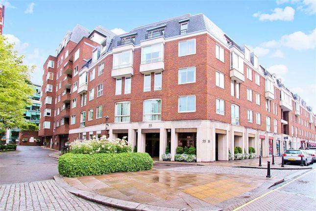 Thumbnail Flat to rent in Ebury Street, London