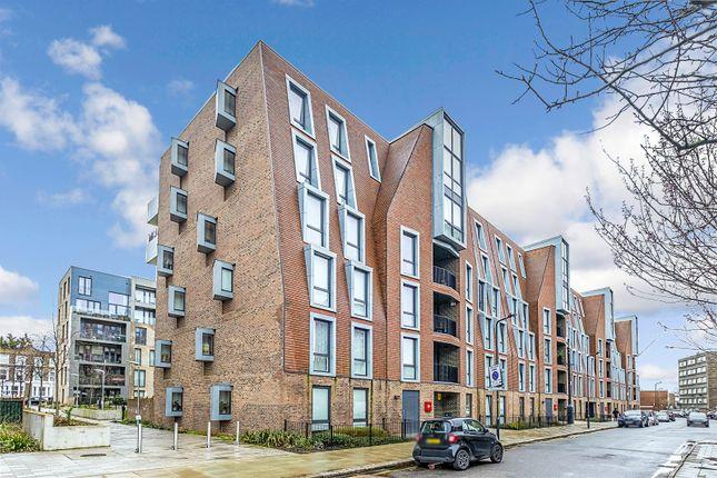 Thumbnail Flat to rent in Cambridge Road, London