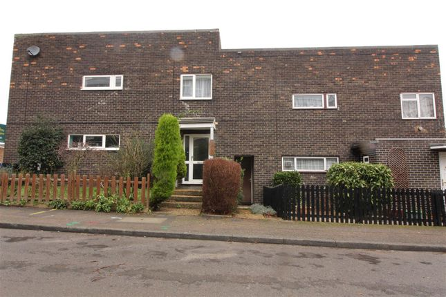 Thumbnail Property for sale in Shawbridge, Harlow