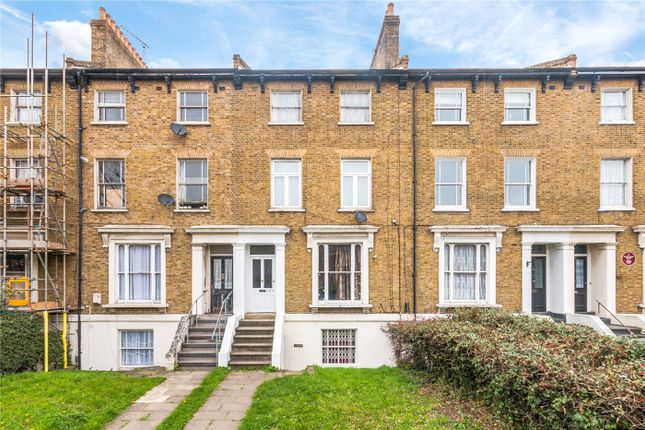 3 bed flat for sale in New Cross Road, New Cross SE14