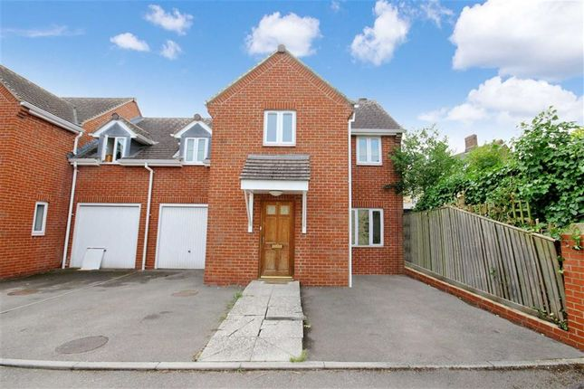 Thumbnail Semi-detached house to rent in Bromsgrove, Faringdon, Oxfordshire