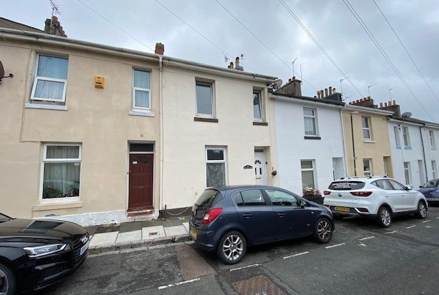 Thumbnail Maisonette to rent in Wellesley Road, Torquay