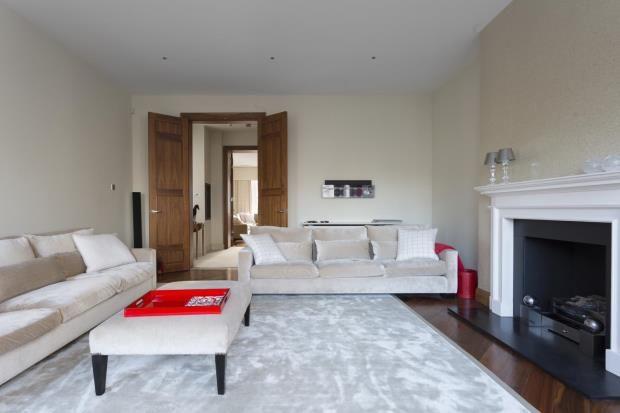 Thumbnail Property to rent in Chapel Street, Belgravia, London