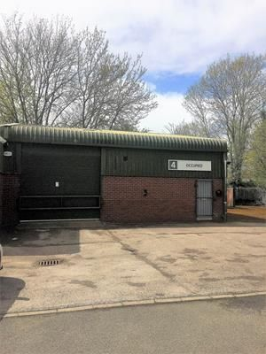 Thumbnail Warehouse to let in Unit 4, Radfords Field Industrial Estate, Maesbury Road, Oswestry, Shropshire