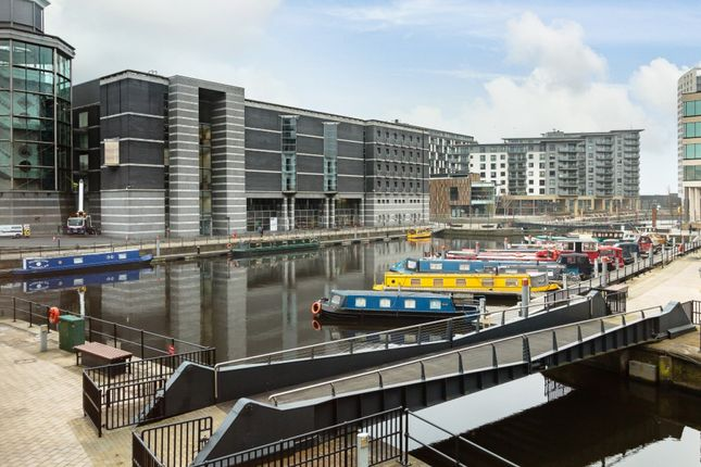 Thumbnail Flat for sale in Magellan House, Leeds, West Yorkshire