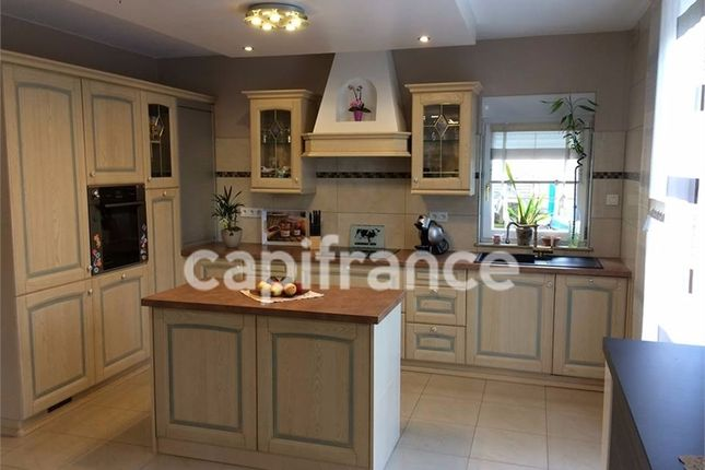 4 bed property for sale in Lorraine, Moselle, Bitche