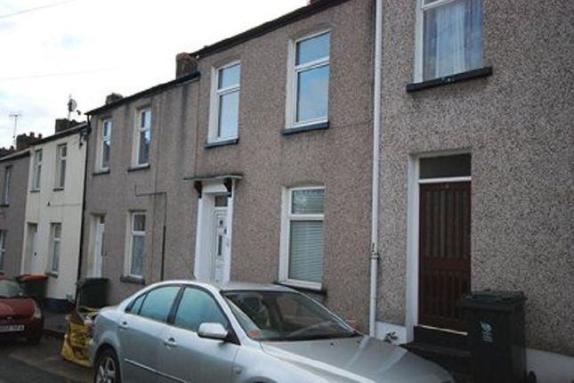 Thumbnail Terraced house to rent in East Street, Newport