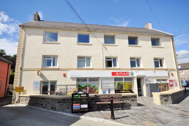 Thumbnail Flat to rent in Grist Square, Laugharne, Carmarthen