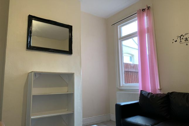 Image00022 of Oscott Road, Perry Barr, Birmingham B42