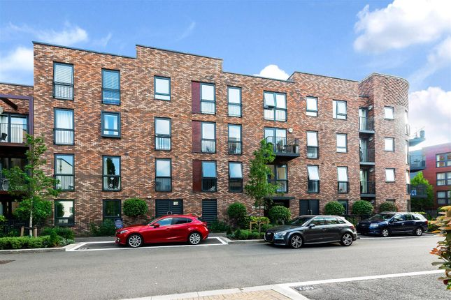 3 bed flat for sale in Madeleine Close, Letchworth Road, Stanmore HA7