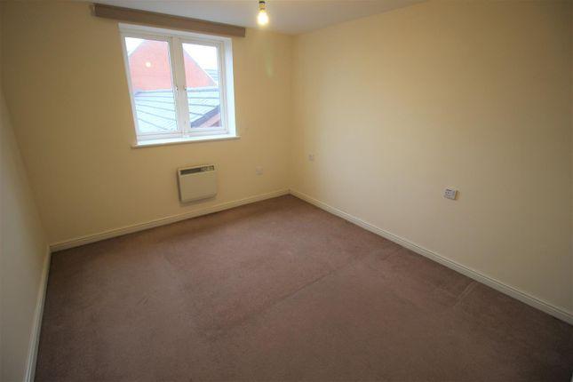 Bedroom of Saltash Road, Swindon SN2