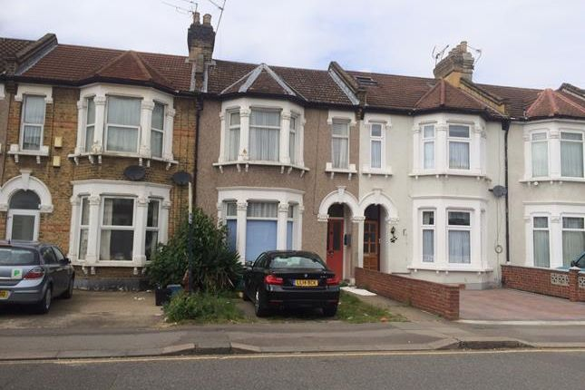 Thumbnail Flat to rent in 101, Thorold Road, Ilford