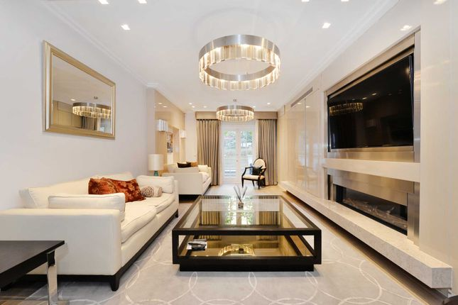 Thumbnail Town house to rent in Hans Place, Knightsbridge