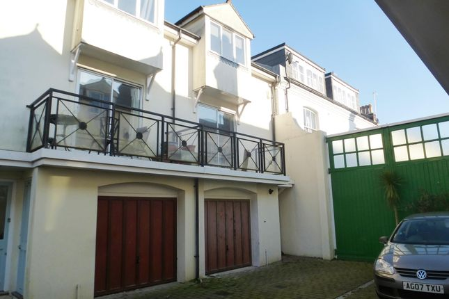 Thumbnail Property to rent in Oxford Mews, Hove