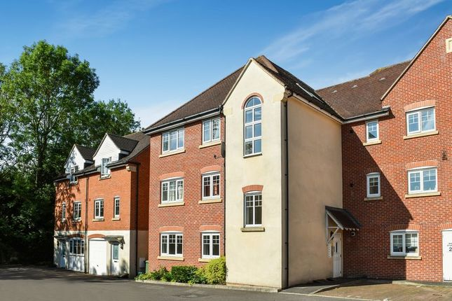 Thumbnail Flat for sale in Staniland Court, Abingdon
