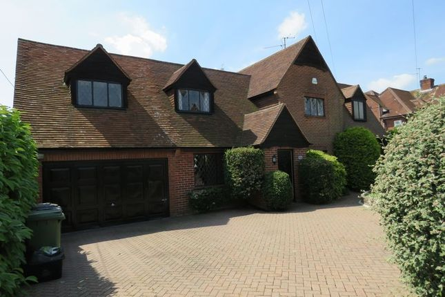 Thumbnail Detached house to rent in Southview Road, Marlow