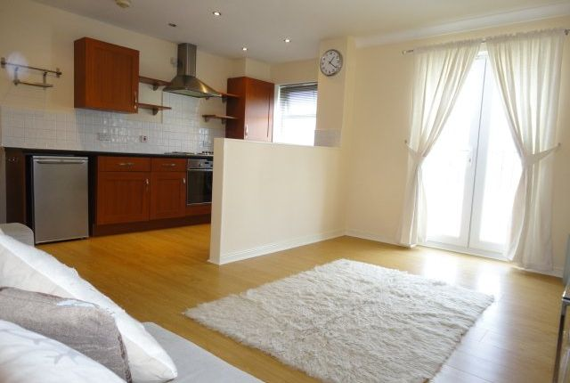 Thumbnail Flat to rent in Blue Hill Lane, Farnley, Leeds