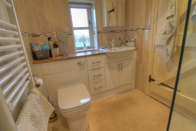 En-Suite of Eyton, Wrexham LL13