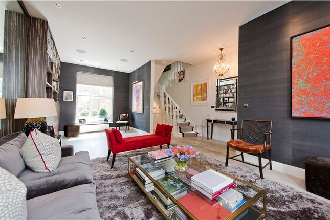 Thumbnail Property for sale in Chesterton Road, London